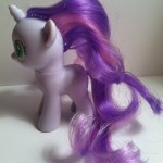 My Little Pony Sweetie Belle Toy Left Side from Pony School Pals Set G4 2012