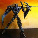 Soundwave and Laserbeak Transformers Prime Deluxe Revealers 2012 Hasbro Toy