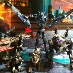 Soundwave and his Minicons Laserbeak and Ravage Transformers Prime Deluxe Revealers 2012 Hasbro Toy