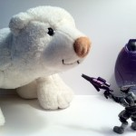 Polar Bear vs. Elite Ultra from Halo Mega Bloks Covenant Drop Pod 96928