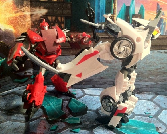 Transformers Prime Knock Out vs. Wheeljack Toys Action Figures 2012 Deluxe