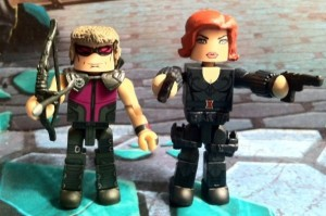 Avengers Black Widow and Hawkeye Figures Battle Movie Marvel Minimates 2012 Diamond Select Toys