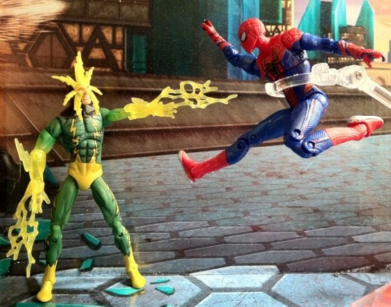 Electro vs. Spider-Man Ultra Poseable Movie Action Figure 2012 Hasbro