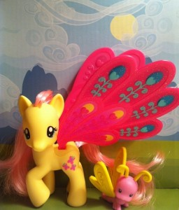 My Little Pony Fluttershy Glimmer Wings with Dragonfly Toy 2012 G4