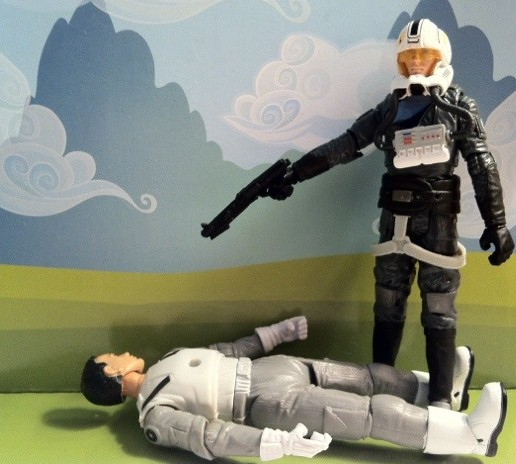 VC100 Starkiller kills Oddball for his Helmet Star Wars 2012 Hasbro