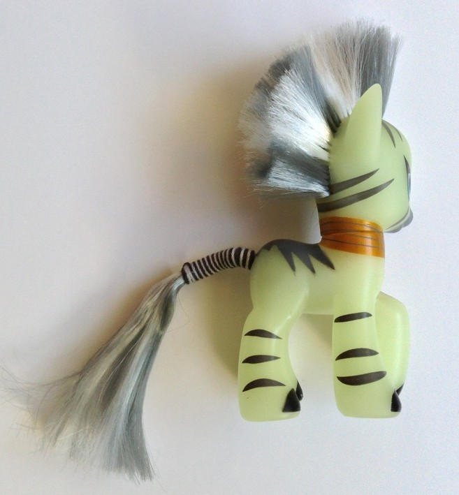 Back of Zekora My Little Pony G4 Hasbro Toys Figure