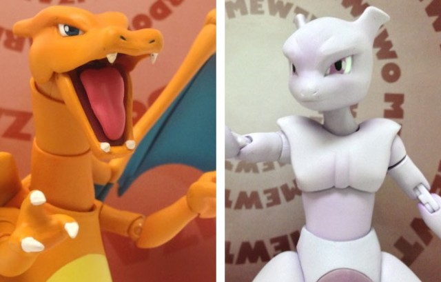 Pokemon D-Arts Charizard and Mewtwo Figures